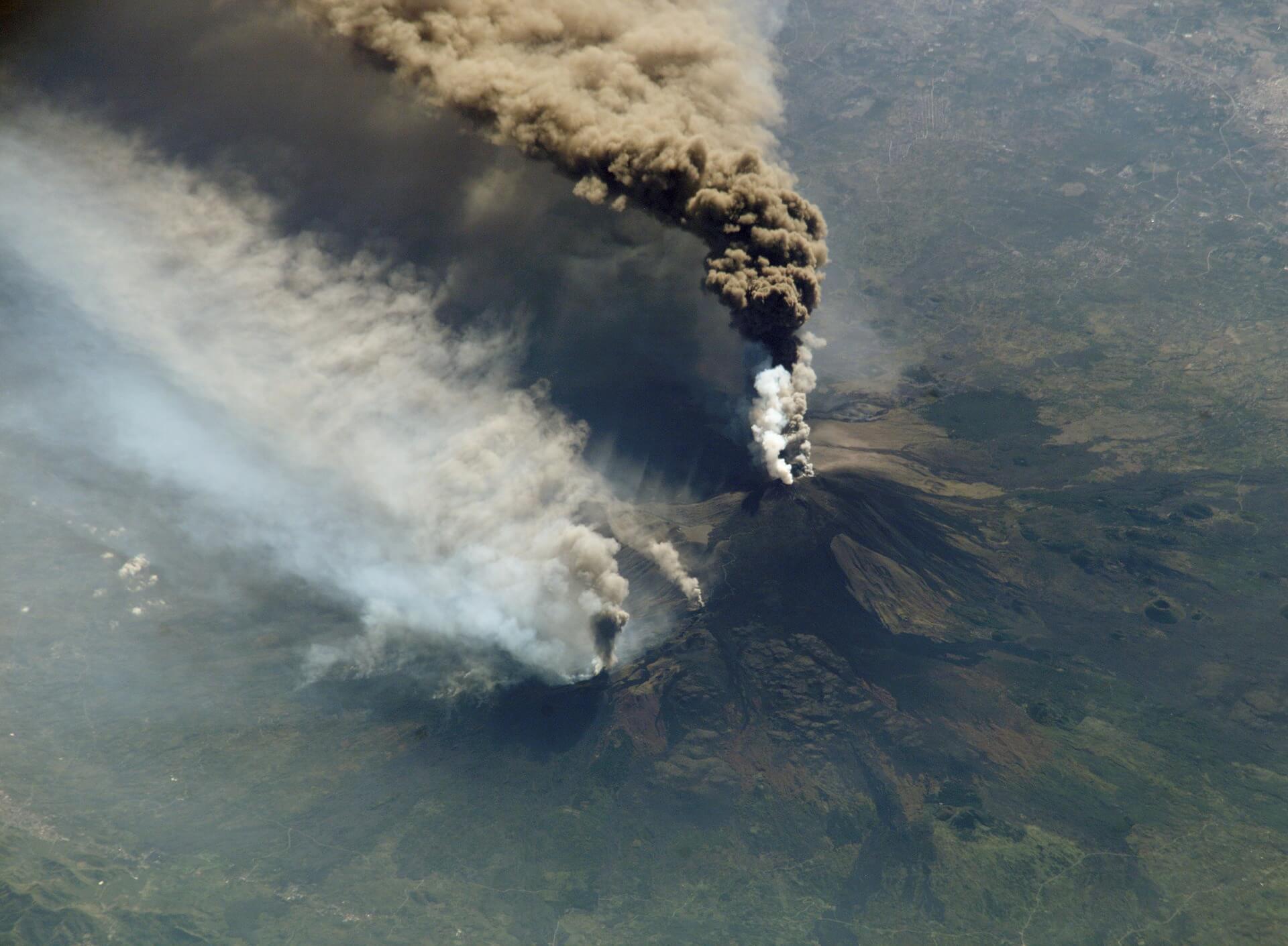 草津白根山の噴火と今後の巨大地震の関連性は Itoito Style